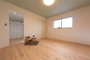 神戸市西区の木の家の寝室