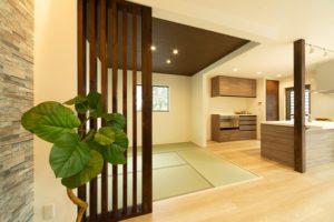 神戸市西区の吹抜けのある家の和室