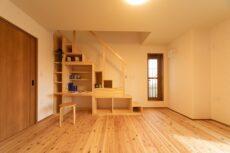 注文住宅の造作の本棚
